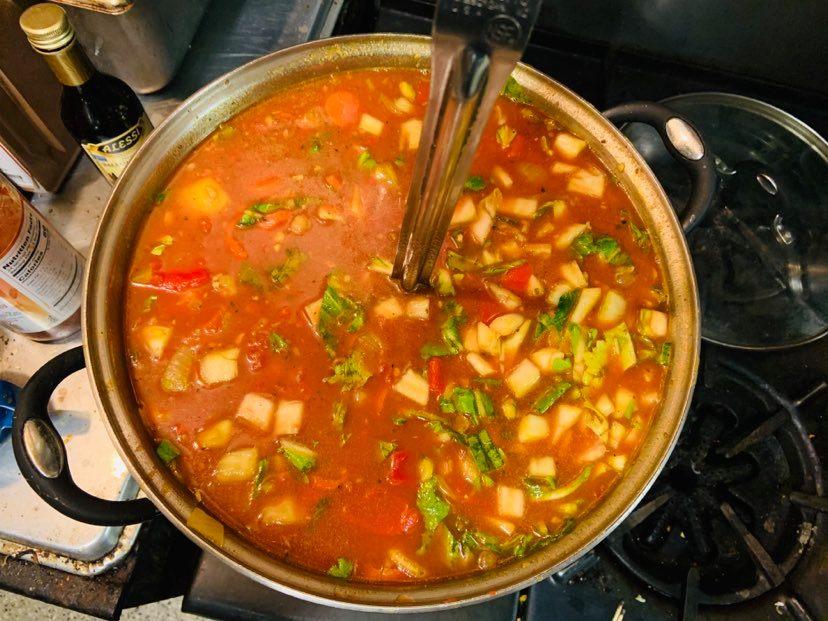 pot of vegetable soup